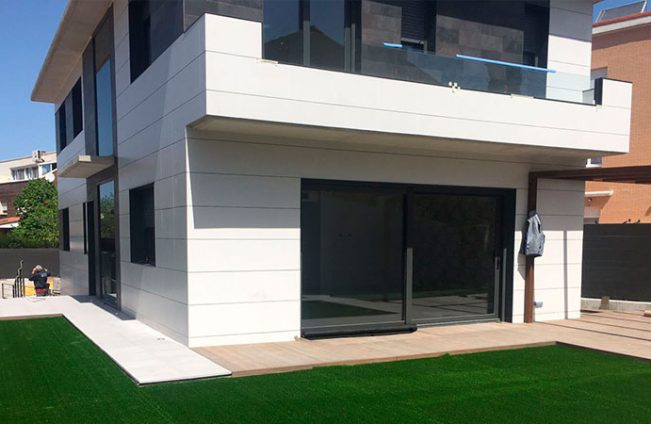 Edificación vivienda en Montecanal
